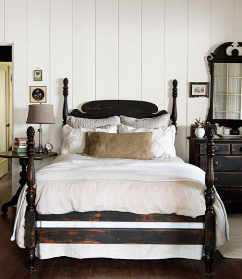 Antique Black Bedroom Furniture Amusing Inspiration