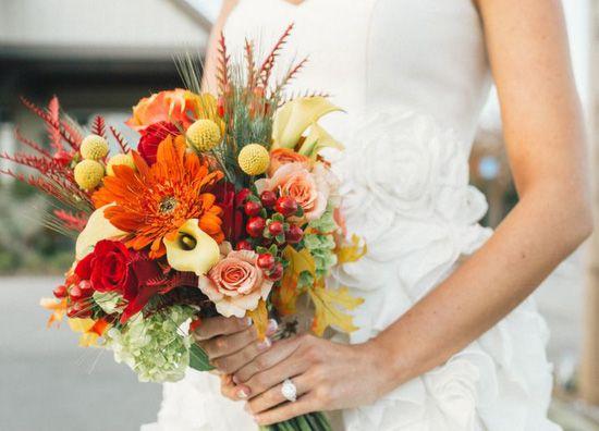 Matrimonio in autunno: la sposa e il bouquet - Matrimonio.it: la guida alle nozze