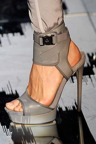 40 cipela Milano Fashion Weeka » IT Cipele » Fashion.hr: Killers Heels, Fashion Shoes, Shoes Sho, Gucci Shoes, Woman Shoes, Hot Heels, High Heels, Girls Shoes, Design Styles