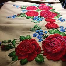 Image result for naszywka haft czerwone róże