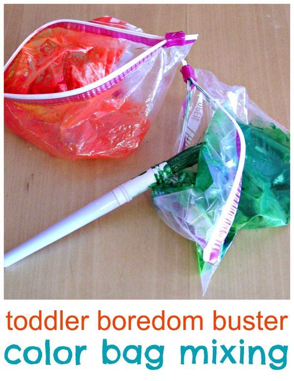 Teach color mixing with a mess free sensory bag activity for toddlers.