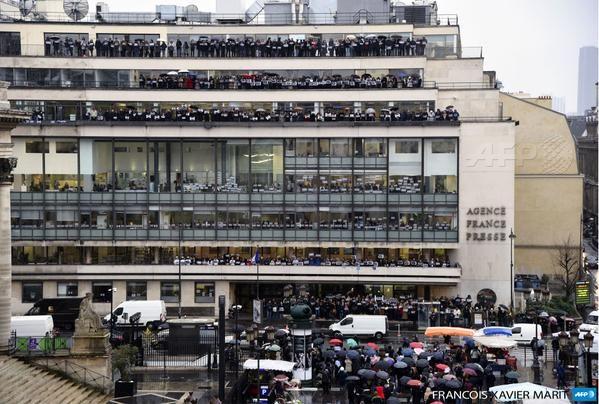 #JeSuisCharlie au siège de l'AFP à Paris