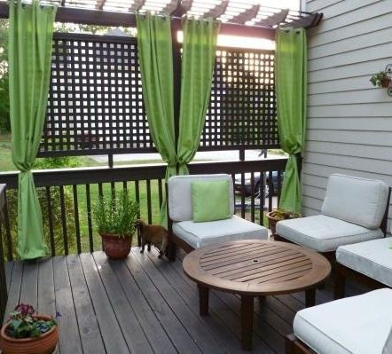 Best 25 lattice ideas ideas on pinterest deck privacy for Townhouse deck privacy ideas
