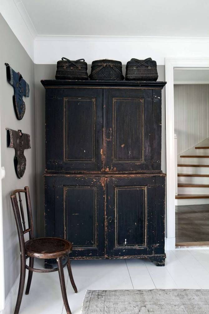 Furniture with soul | Antique armoire