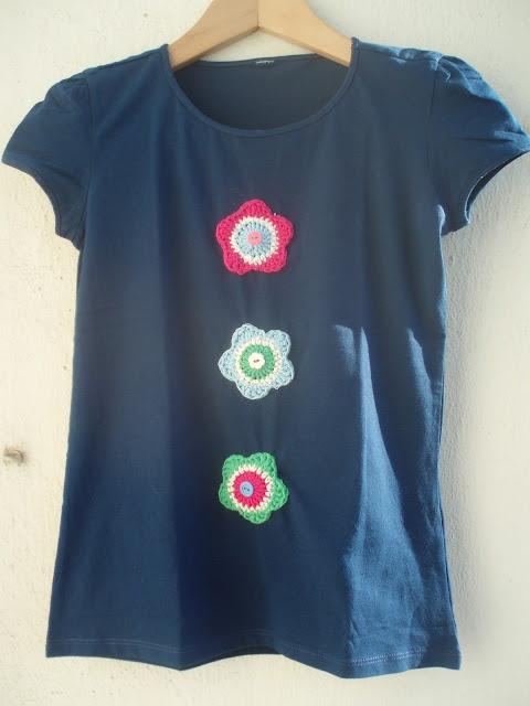 La ventana azul: 41.- Camiseta Júlia