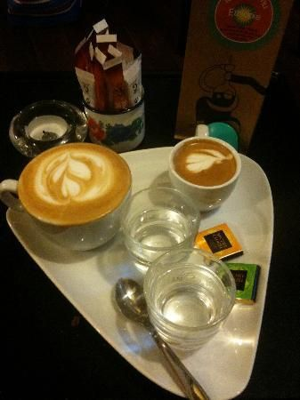 La Cafeotheque - offers a rotating list of cafés du jour that keeps an international group of connoisseur's coming back. With scores of varieties to choose from, you're assured a fine, and edifying, cup.