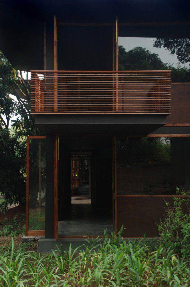 Casa en Belavali / Studio Mumbai,© Studio Mumbai