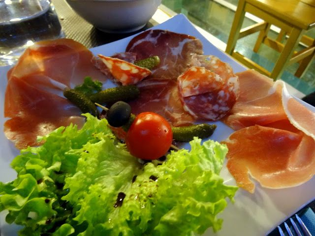 Dining Out in Vaujany at Le Stou in the French Alps | Travel and Lifestyle Diaries Blog