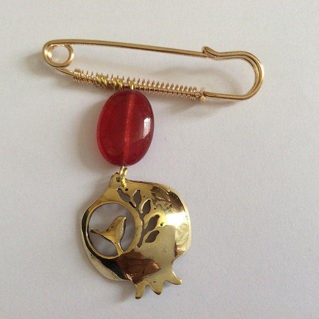 Handmade pomegranate pin brooch instagram.com/caspiancrafts. 00447810066866 #accessories #crafts #girls #jewellery #handcraft #handmade #fashion #style #design #pomegranate #brooch #pin #Persian #caspian