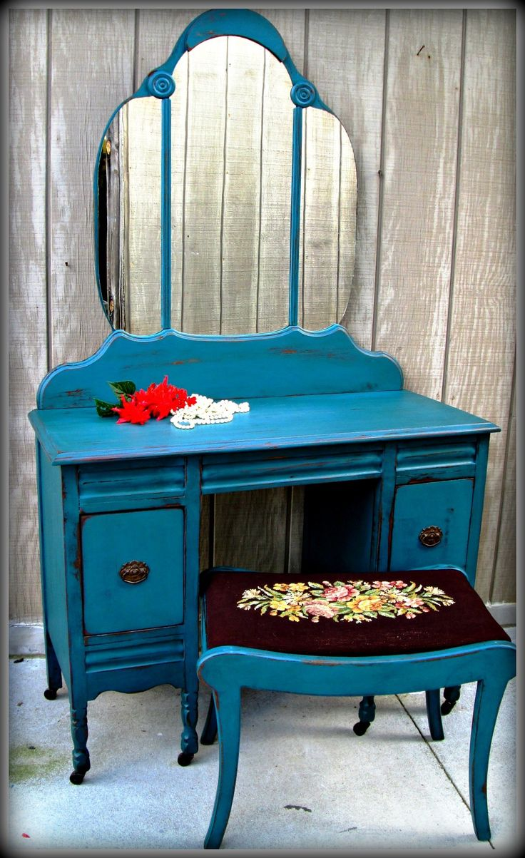 31 best my search for the perfect dressing table continues images vintage vanity painted and distressed turquoise geotapseo Images