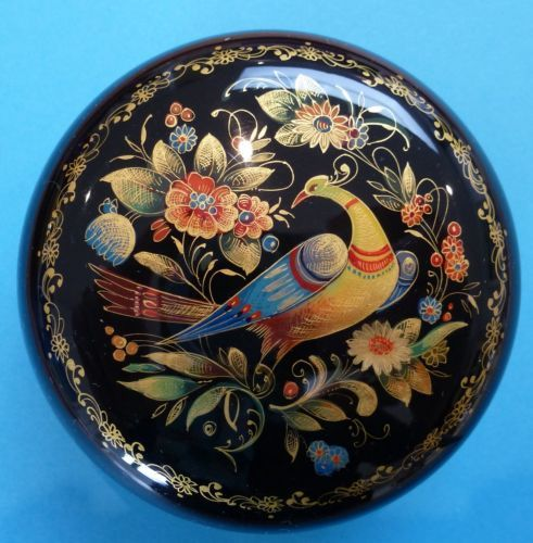 Bird & flowers - Russian lacquer miniature box, Mstiora Name: Bird among the flowers  Artist: Kibireva  Size: 7cm x 7cm   17+4.5