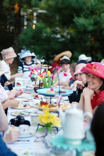 A Garden Party - hats provided