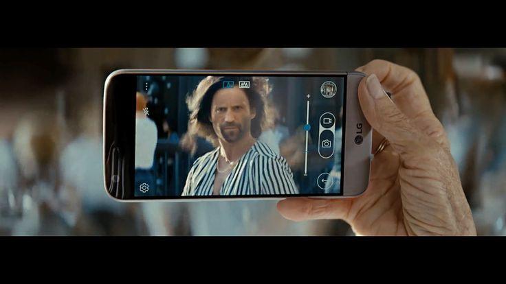 LG também marcou o dia 31 de março como sendo a data do lançamento formal de seu mais novo smartphone, o G5, tomando o posto de liderar a linha principal de celulares da mesma.  Para promover a novidade, a empresa asiática publicou um comercial para protagonizar o eletrônico, porém um participante de peso foi adicionado ao elenco: Jason Statham, o ator conhecido por seus vários papéis de anti-herói nos cinemas.