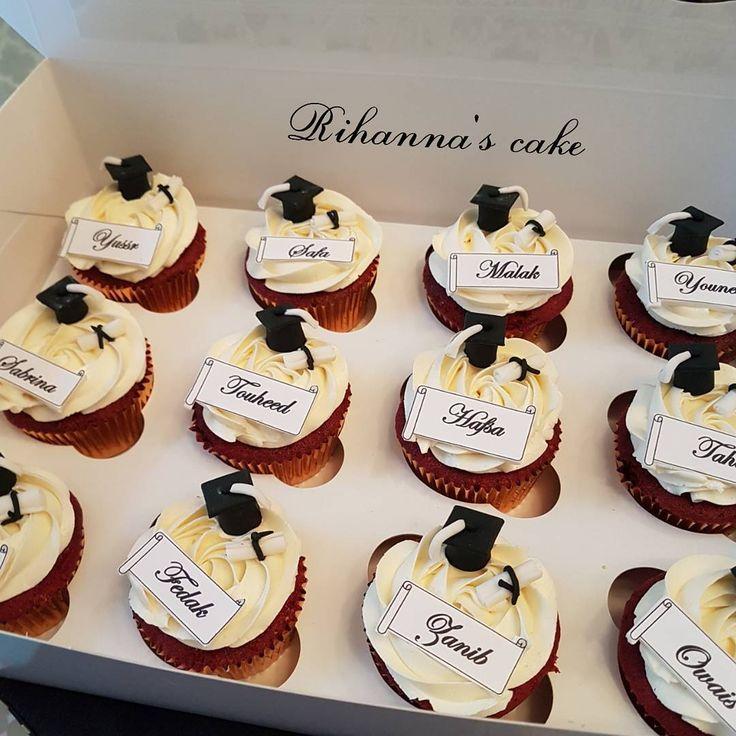 graduation cupcakes.... #cakebakeoffng#cupcakes#graduation#graduationcupcakes#redvelvetcupcake#graduations#graduationcupcake#graduationcakes ncakes