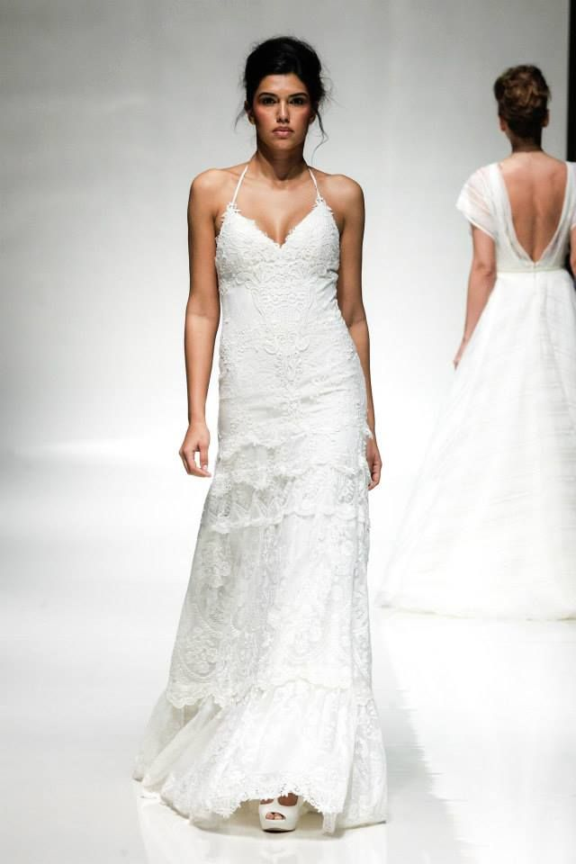 http://www.matrimonio.it/collezioni/abiti_da_sposa/ Yolan Cris abito sposa 2015