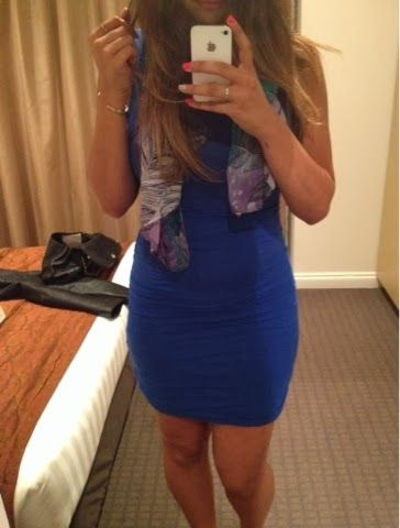 Valentines Day outfit. Blue Kookai dress, contrast scarf