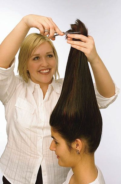 how to cut your own hair in layers - http://layeredhaircuts.org/cut-hair-layers-2/ - There are many people thinking that the hairdressers are a waste of time and money. This is especially true for a trim or for layering hair. People who like DIY projects definitely have an advantage at cutting their own layers.  There may be more methods for getting the perfect ones, but this is...