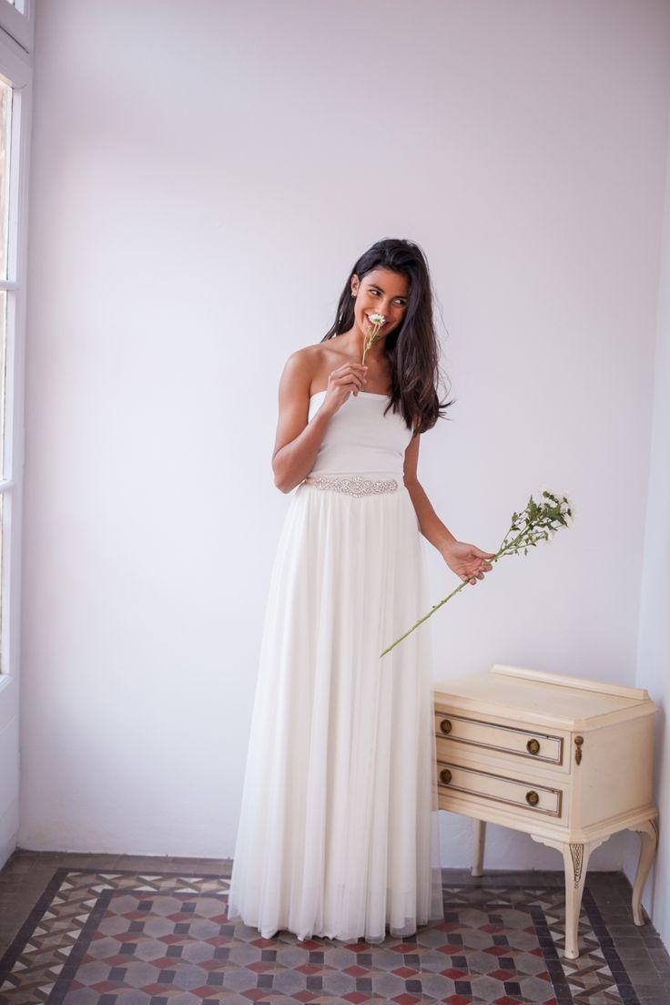 Sleeveless wedding dress, two-piece bridal gown, New Bridal Collection   Mimètik Bcn