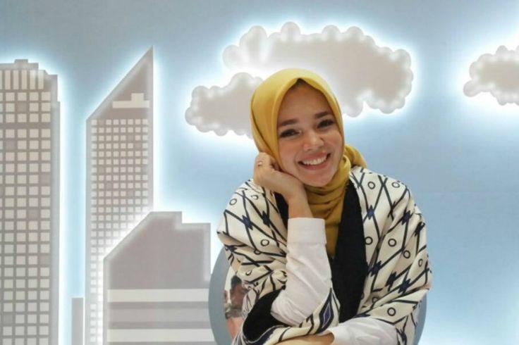 Karena Video ini, Dewi Sandra Didoakan Dikaruniai Anak Soleh