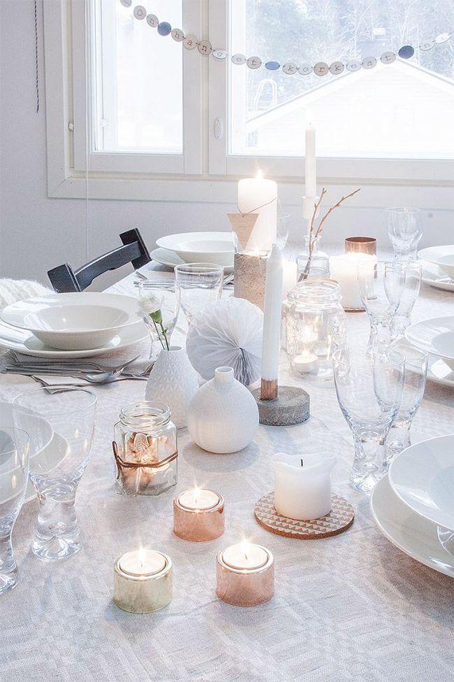Idee deco table Noel blanche et or
