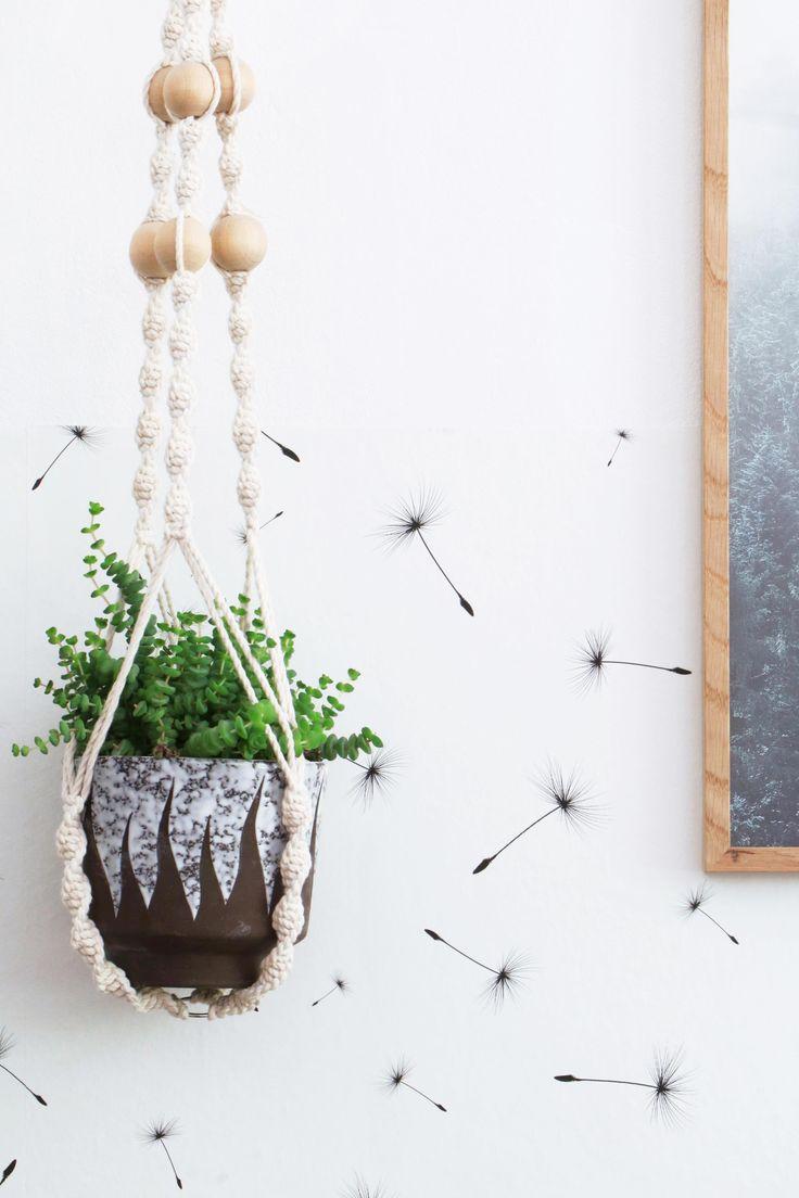 MY ATTIC voor vtwonen / binnenkijker / home tour / slaapkamer / planten / groen / hangplant / hanging plant / macrame    Fotografie: Marij Hessel