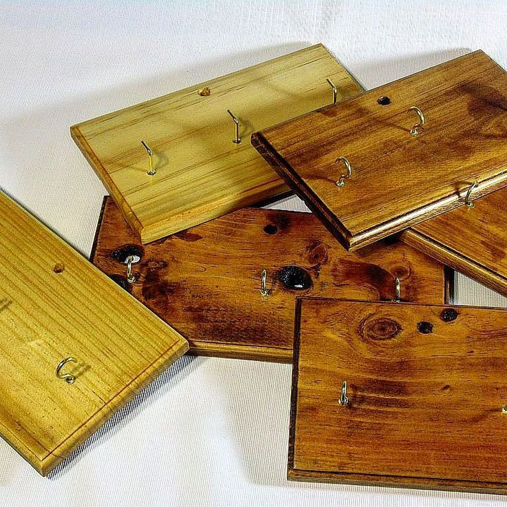 Range of cheap key racks made from rescued Radiata Pine from an old pine tv unit.. #woodwork #handcrafted #shopping #timber #wood #craft #recycled #australia #gift #interiordesign #decor #brisbane #goldcoast #sydney #brisbane #melbourne #perth #adelaide #canberra #hobart #darwin #art #nightquarter #helensvale