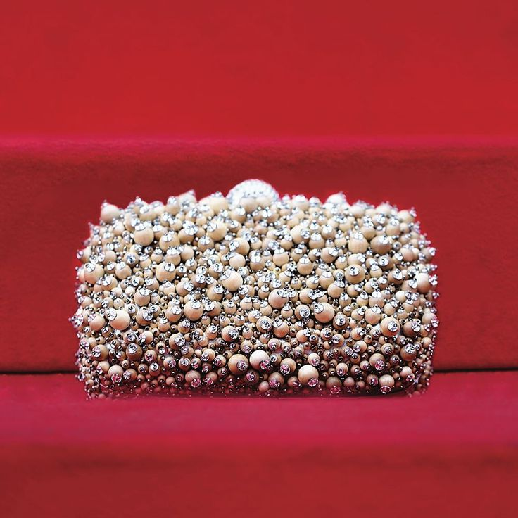 Climbing the Steps: All eyes and flashes on the Boîte de Nuit Wood Caviar clutch tonight! Discover more in our stories. #RogerVivier #SpottedInCannes #Cannes2017 #SS17 #RedCarpet #BagOfTheDay #FashionAddict #FashionDiaries #FrenchRiviera
