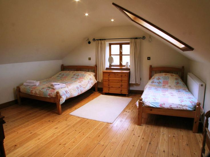 Best 25+ Attic bedroom designs ideas on Pinterest | Attic ...