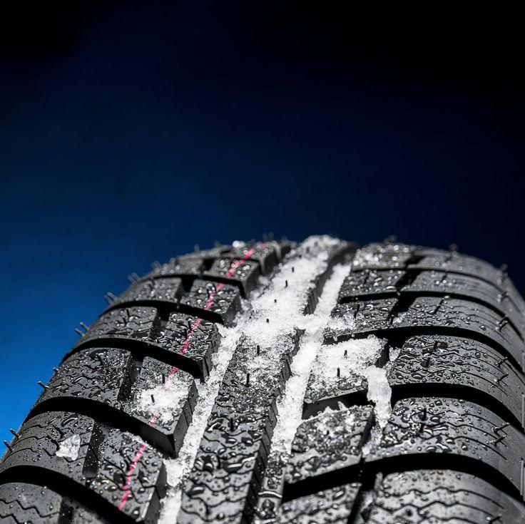 Chaque année, l'APA (Association pour la protection des automobilistes) présente le classement des meilleurs pneus d'hiver en fonction d'une série de tests réalisés par des experts indépendants. Cette année, les essais ont été effectués sur 29 modèles de pneus qui représentent à eux seuls, près de 75% des marques achetées au Canada.