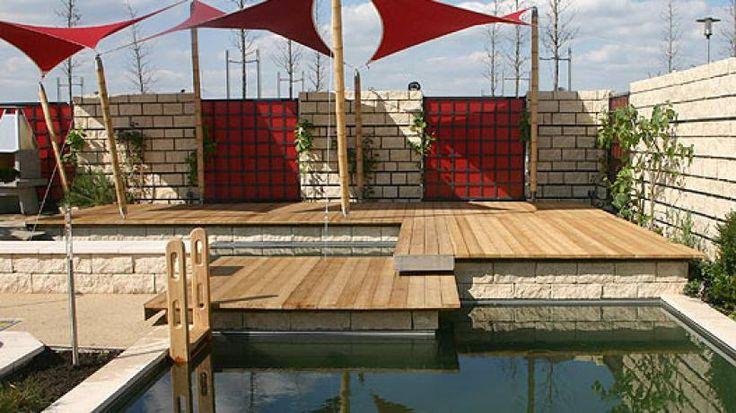 """""""Ich vergleiche den Bau einer Terrasse immer mit der Fertigung eines Maßanzugs"""", sagt Rolf-Rüdiger Schmidt, Geschäftsführer vom..."""