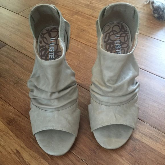 Beige sandal Daughter's shoe sale. Boot like beige sandal. Man made upper. Not leather.  Wooden look heel. Rubber bottom. Only worn once or twice. Unlisted Shoes