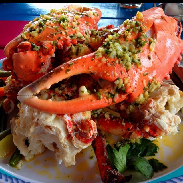 Garlic King Crab from Gios in Roatan Honduras - Kathy From Honduras - http://www.KathyFromHonduras.com