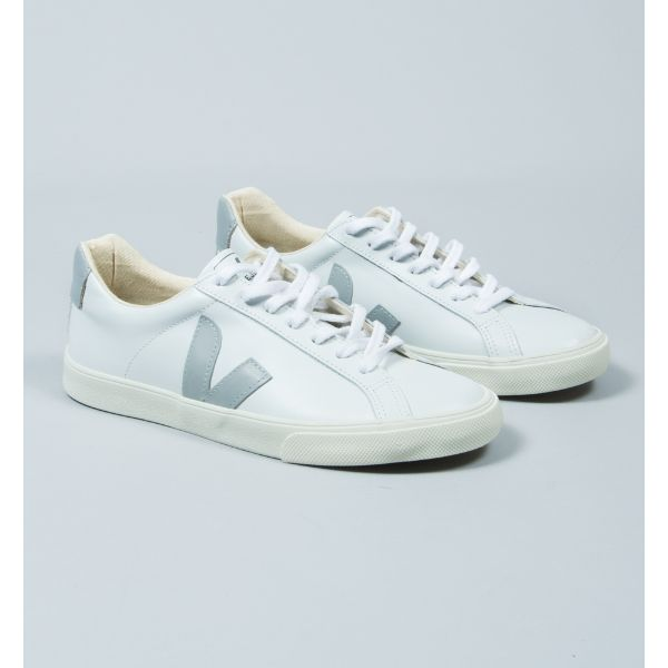 Veja Women's White Oxford Grey Esplar Leather Trainers: Made from low chrome leather and organic cotton, these trainers are a must have for any style hunter with concern for the environment. They're white on white with a splash of neutral - retro cool and eco-friendly all in one, what more could you want?