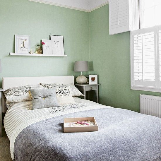 Black And White Bedroom Ideas. Pale Green ...