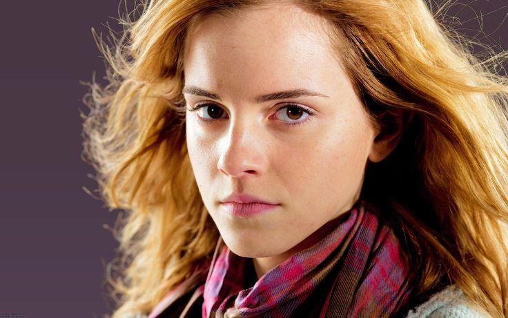Free Emma Watson Wallpaper