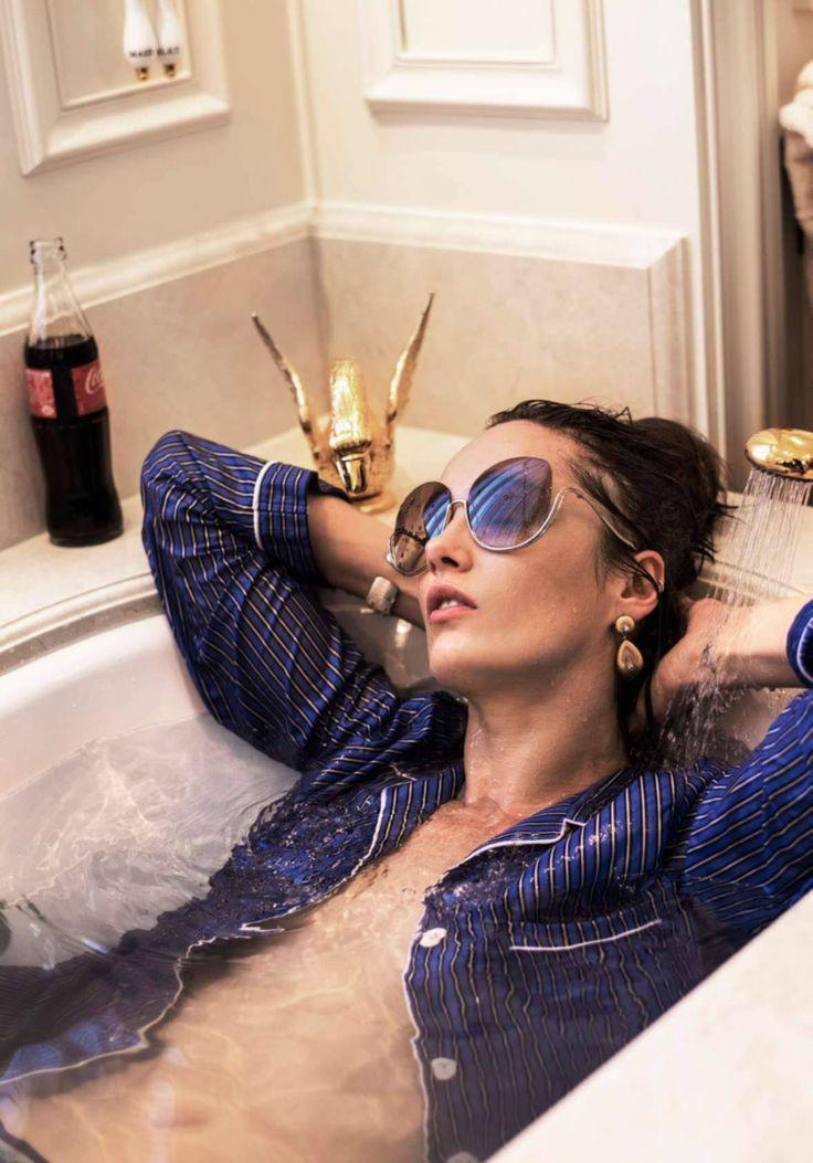 Remix de Luxe: Karmen Pedaru by Gilles Bensimon for Elle France january 2017 #luxury #coke