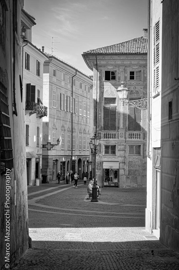 Novi Ligure - Piazza dellepiane from Salita Ravazzano