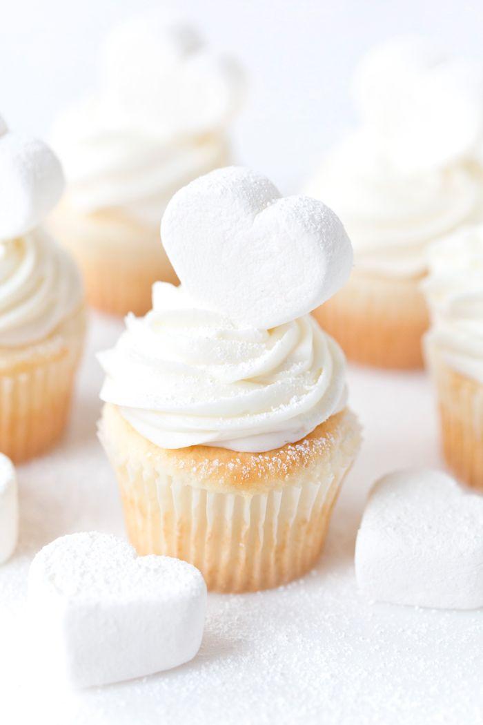 Marshmallow Heart Cupcakes, Valentine's Day | Pizzazzerie.com