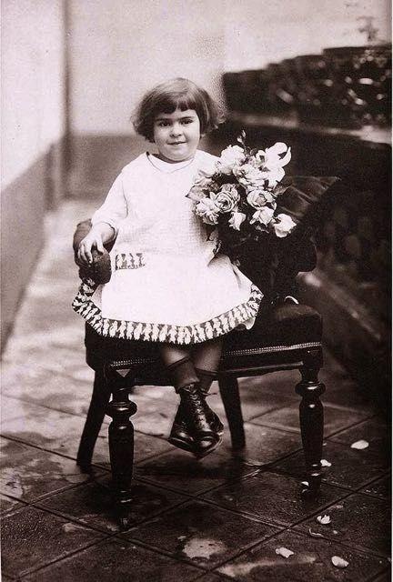 Foto di Frida Kahlo bambina 4