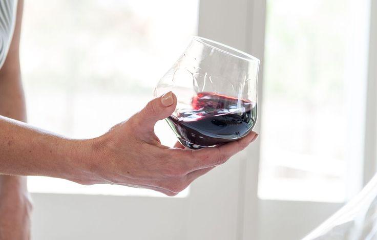 KINETIC WINE GLASSES
