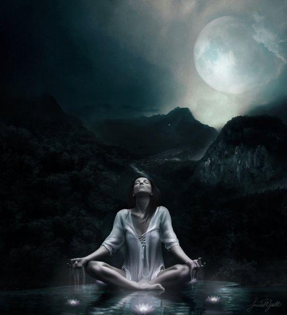 Nosso  Feminino Sagrado: Mulheres, Luas e Águas