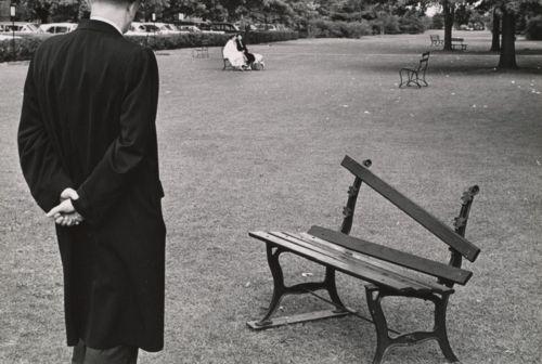 André Kertész, Broken Bench, Long Island, 1962