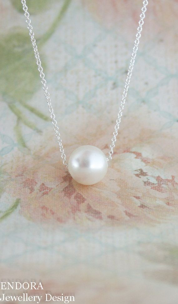 Floating pearl necklace | minimalist | single pearl necklace | silver pearl necklace | pearl necklace | bridal necklace | www.endorajewellery.etsy.com