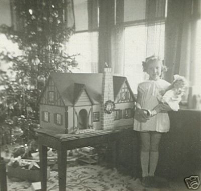 antique dollhouse | My Vintage Dollhouses: Little girls and their dollhouses.....