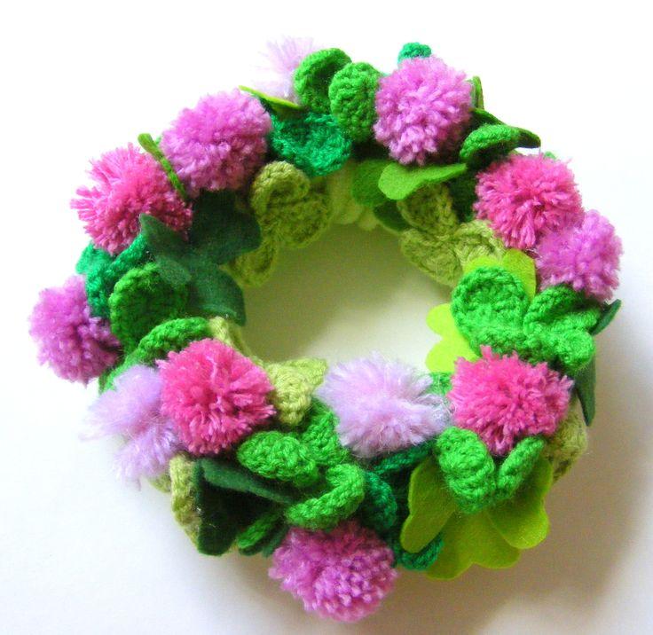 crochet wearth of happines