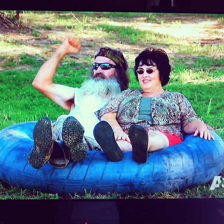 Cutest couple you ever saw. Rednecks. Duck Dynasty.