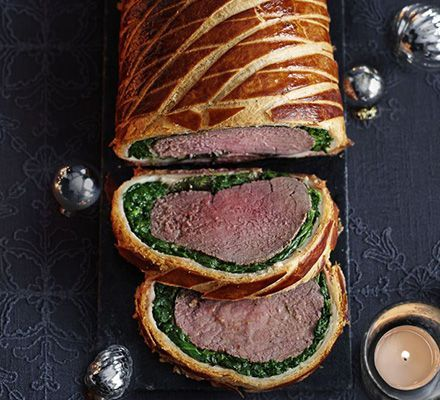 Beef Wellington: this comforting classic gets a smart makeover, thanks to a layer of spinach, pancetta and a red wine gravy
