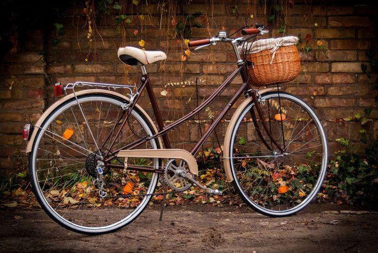 Egyedi restaurált női kerékpárok-vintage bicycle www.vintagebringa.hu
