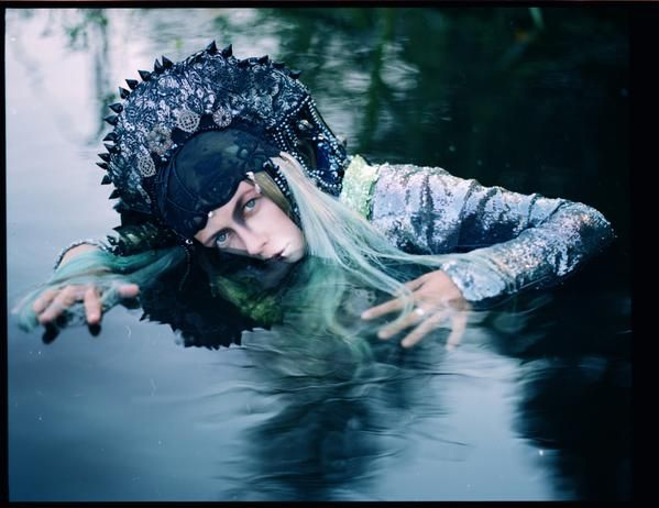 "Özlem (Yan) Devrim on Twitter: ""Uldus Bakhtiozina takes an unexpectedly surreal look at traditional #Russian fairytales #photo http://t.co/maPPmPuwGB http://t.co/0kQTG78zm1"""