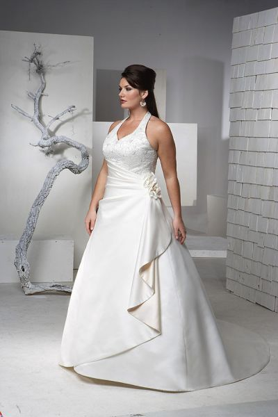 si tienes unos kilitos de mas y no sabes que vestido de novia utilizar para ese